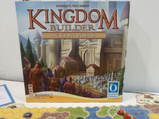 Clicca per immagine full size  ==============  Queen Games - Kingdom Builder Nomads